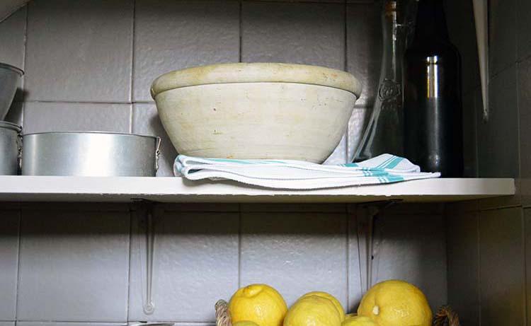 cambiar por completo el aspecto de una cocina es posible sin necesidad de hacer obras e invertir dinero y esfuerzo en una reforma