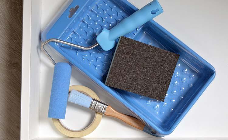 cambiar el color y aspecto de nuestros muebles de bao y cocina puede ser una tarea muy rpida y sencilla pero para llevarlo a cabo es importante usar una
